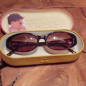 ❤🎁Beautiful Vintage Brighton Sunglasses🎁❤